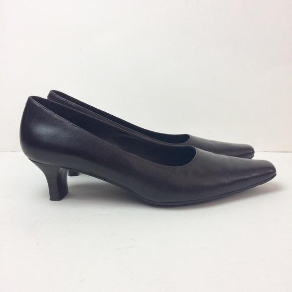ae7c71e7bcf Ecco Shoes - ECCO Nevada Pumps 7-7.5 US Dark Brown Kitten Heel